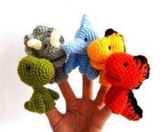 dinosaurus finger puppet, crocheted stegosaurus, brontosaurus, pteranodon, triceratops and carnotaurus, stuffed dinos for kids, rainbow
