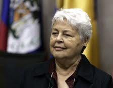 Cecilia Medina, jurista chilena. Preside la Corte Interamericana de Derechos Humanos. Magnífico su voto particular en el asunto Campo Algodonero de 2009: http://www.corteidh.or.cr/docs/casos/votos/vsc_medina_205_esp.doc