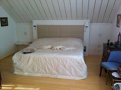 die besten 25 bett unter dachschr ge ideen auf pinterest kinderbett dachschr ge eingebaute. Black Bedroom Furniture Sets. Home Design Ideas