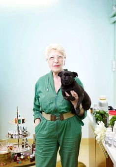 Vero Kern worked as a pharmacist before deciding to become an independent masseuse and aromatologist at the age of 54.  She now has her own line, Vero Profumo, with a dedicated cult following. #niche #perfume #luckyscent