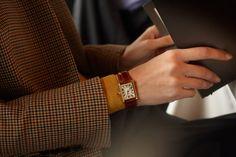Cartier watch Source by williambarthman Lux Watches, Cartier Watches Women, Fashion Watches, Cartier Jewelry, Chanel Jewelry, Jewelery, Jewelry Necklaces, Geek Jewelry, Resin Jewelry