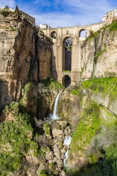 L'Andalousie : Les Villages Blancs - Benefits of nature travel. What is natural travel? Places To Travel, Travel Destinations, Places To Visit, Portugal, Nerja, Costa, Historical Architecture, Andalusia, Spain Travel