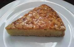 Une délicieuse recette de tarte amandine très simple à réaliser. Un vrai délice accompagné d'un bon verre de thé. bonne préparation.