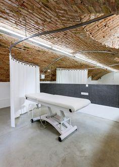 Galeria de Loja Ilcsi Beauty / sporaarchitects - 2