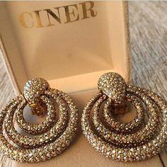 CINERNY .. ✨✨ #cinerjewelry #ciner #cinerny #statementjewelry #hoopearrings
