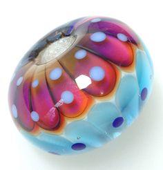 Handmade glass beads by Suzy Hannabuss at moonlight jewellery.  Www.moonlight-jewellery.com Www.facebook.com/moonlightjewelleryandbeads