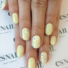 Adorable Easter Nail Art Examples - Sortashion