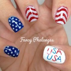 If you are looking for the right look for your of July manicure.then check out today's collection of 30 Plus of July Nail Tutorials! Gel Nail Designs, Cute Nail Designs, Soccer Nails, Usa Nails, 4th Of July Nails, July 4th, Patriotic Nails, Creative Nails, Nail Tutorials