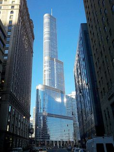 This is my favorite building in Chicago - the Trump Building.