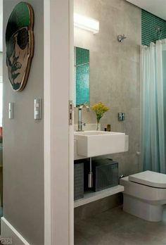 Banheiro legal encontrado na web, pia pequena