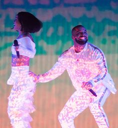 Best picture ever taken? Rihanna and Drake at the BRITs <3
