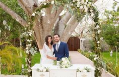 We are so excited to share with you the romantic wedding of Andrea and  Guillermo that took place in the newly renovated Hacienda Santa Cruz  located in Merida, Mexico. With the great style of Andrea as a designer,  the wedding had an elegant decor that was so dreamy for everyone! Family  and friends were so inspired and amazed by this beautiful and romantic  outdoor wedding. The entire wedding filled with love, joy, laughs and  emotions gave us the chance to capture incredible…