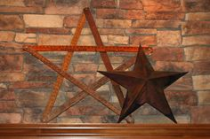 I've started making these without a pattern but I need to find some twigs and stack them together then put the metal star on the wood frame. Mamie Jane's: Vintage Yardstick Star