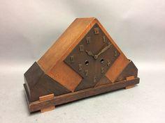 Online veilinghuis Catawiki: Art Deco houten pendule met slagwerk - Amsterdamse School