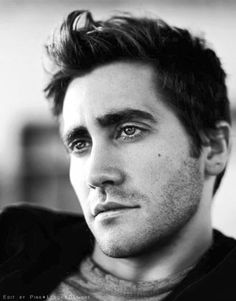 Jake Gyllenhaal... dream husband to go with the dream house :) Future  dream son in law :)