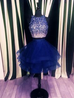 navy blue homecoming dresses,two piece homecoming dress,ruffle ball gowns,short prom dresses,sequin beaded cocktail dress Source by dresses Navy Blue Homecoming Dress, Ombre Prom Dresses, Cute Prom Dresses, Prom Dresses 2017, Tulle Prom Dress, Pretty Dresses, Quinceanera Dresses, 8th Grade Prom Dresses, Mesh Dress