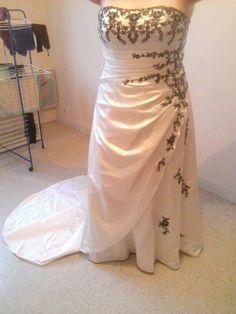 Robe de mariée Bella paris d'occasion grande taille à Vienne