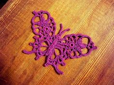 Crochet Flowers Patterns Five Free Crochet Butterfly Patterns. Try these with Vanna's Choice, or use Sock-ease for a daintier version! Appliques Au Crochet, Crochet Motifs, Freeform Crochet, Thread Crochet, Love Crochet, Irish Crochet, Diy Crochet, Crochet Patterns, Tatting Patterns