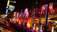 Christmas at the Masaysay Ave., Naga City, Camarines Sur, Philippines. Christmas 2005.