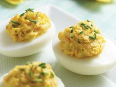 17 Snacks That Power Up Weight Loss: Skinny Crab-Deviled Eggs http://www.prevention.com/food/healthy-recipes/?s=10