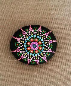 #mandala #stone #taş #taşboyama #stoneart #stonepainting #hobi #hobby #art by GK