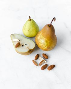 Gilla's Spa uses Sothys Autumn/ Winter 2017 oxygenating facials combining Pear & Almonds, oxygen, and a boost of minerals. Suitable for all skin types, especially for weak and sluggish skin. Obtain the healthiest glowing skin with the nutrition of nature at Gilla's Spa.