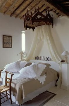 Medieval Themed Bedroom Decorate