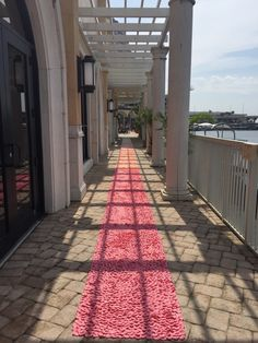 Park Avenue-Coral Ombre Silk Rose Petal Aisle Runner (Contact The Shop to Place an Order) by PetaleDeRose on Etsy https://www.etsy.com/listing/273867462/park-avenue-coral-ombre-silk-rose-petal