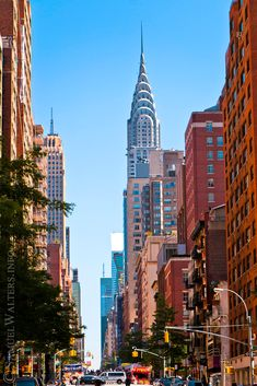 chrysler building from lexington ave - Bing images New York Life, Nyc Life, City Aesthetic, Travel Aesthetic, City Photography, Landscape Photography, Aerial Photography, Landscape Photos, Places Around The World