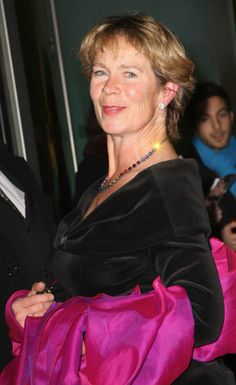 Celia_Imrie-lovely-soft-lips-young-after-eyes-hot-chickipedia-skin Celia Imrie, Soft Lips, Gentleman, The Incredibles, Eyes, Hot, Women, Fashion, Moda