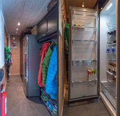 Roger's Hytteside - Den ferdige hytta French Door Refrigerator, Decoration, French Doors, Kitchen Appliances, Summer, House, Home Decor, Decor, Diy Kitchen Appliances