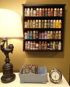 Re-Purposed Drawer - Reutilizar cajones Paint Storage, Craft Room Storage, Craft Organization, Tape Storage, Oil Storage, Storage Area, Old Drawers, Dresser Drawers, Wooden Drawers