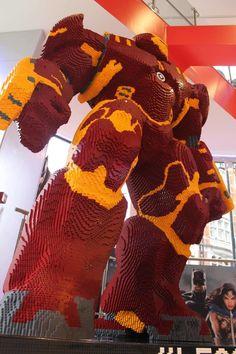 Marvel at This LEGO Hulkbuster — - Visit to grab an amazing super hero shirt now on sal Lego Design, Objet Wtf, Big Lego, Lego City, Lego Machines, Lego Sculptures, Lego Robot, Lego Toys, Lego Display