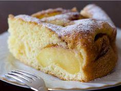Шарлотка с яблоками – лучший рецепт и история десерта