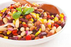 Bean salad is always a favorite side dish. This one is as easy as opening a few tins of beans and whipping up a tangy sweet and sour dressing Vegetarian Dinners, Healthy Dinner Recipes, Real Food Recipes, Vegetarian Recipes, Cooking Recipes, Vegan Meals, Vegan Food, Main Dish Salads, Bean Salad