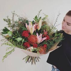 Pretty with a dash of romance 🌹 Fresh Flowers, Floral Wreath, Romance, Pretty, Bouquets, Instagram, Decor, Romance Film, Floral Crown