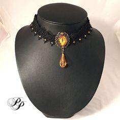 Collier dentelle noire et cristaux jaunes / Yellow cristal black lace necklace Carpe Noctem, Shopping, Jewelry, Fashion, Crystals, Lace Up, Lace, Necklaces, Black People