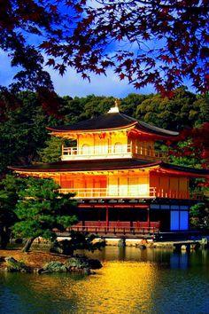 Kinkakuji, the Symbolic Golden Architecture in Kyoto / Tokyo Pic #金閣寺 #Japan