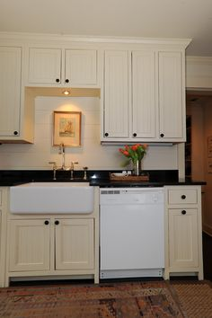 love the wood backsplash