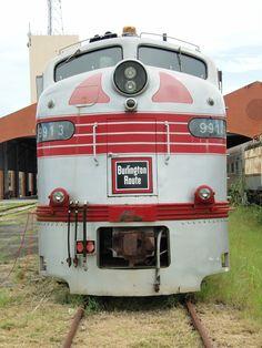 Diesel Locomotive, Steam Locomotive, Train Tracks, Train Rides, Train Museum, Old Trains, Electric Train, Train Pictures, Train Engines