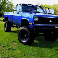 Classic Pickup Trucks, Chevy Pickup Trucks, Gm Trucks, Chevrolet Trucks, Diesel Trucks, Cool Trucks, 1957 Chevrolet, Chevrolet Impala, Jeep 4x4