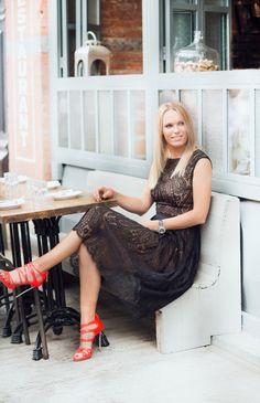 Tennis Star Caroline Wozniacki Gets a Sleek New Cut During New York Fashion Week