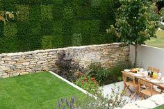 jardin pequeño con terraza nivelada
