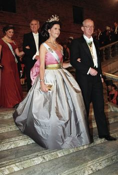 Princess Victoria of Sweden, wore a spectacular Nina Ricci gown for the Nobel Prize ceremony, in Stockholm, which was previously seen on Queen Silvia at the same event in Princess Sofia Of Sweden, Princess Victoria Of Sweden, Crown Princess Victoria, Queen Fashion, Royal Fashion, Princesa Victoria, Silver Gown, Swedish Royalty, Princess Dress Up