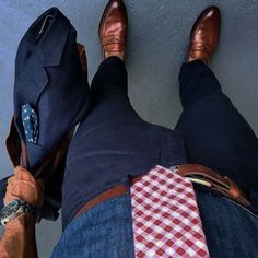 urban men style // city boys // mens accessories // mens shoes // urban men // city style // mens fashion // mens suit // watches //