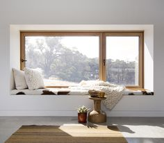 A home may not always be complete without a bay window seat. Whether it is a house or an apartment, you can have at least one. Make sure that these bay window seats are suitable for the whole conce… Bedroom Windows, Living Room Windows, Bay Windows, House Windows, High Windows, Attic Bedrooms, Windows And Doors, Living Rooms, Prospect House