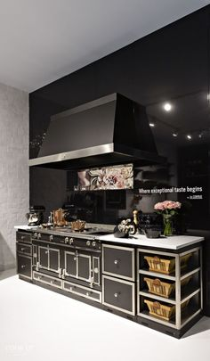 Browse our photo gallery for inspiration. Discover many different styles of kitchen furnishing and customised La Cornue Château examples. Also see Pinterest