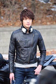 Чон Иль У 정일우 Jung Il Woo День рождения: 09.09.1987