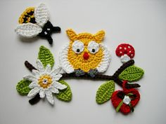This post was discovered by Ce Crochet Birds, Crochet Animals, Crochet Crafts, Yarn Crafts, Crochet Flowers, Crochet Baby, Crochet Projects, Crochet Applique Patterns Free, Hand Embroidery Patterns