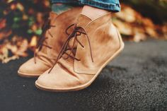 Minimalist boots for women. Custom, handmade shoes by TheDrifterLeather. Send them your foot tracing and they'll make them to your foot. Gorgeous shoes.